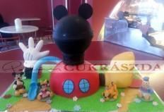 30 szeletes Mickey Mouse ház torta