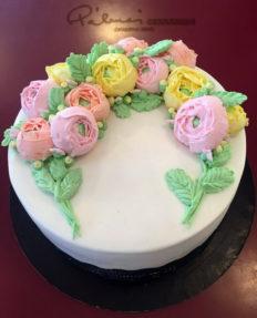 20 szeletes torta vajkrémvirágokkal