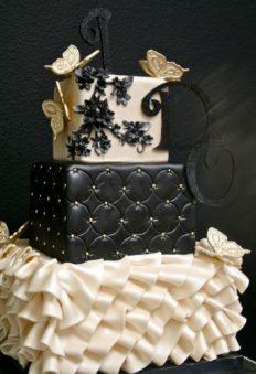 45 szeletes torta, de kérhető kevesebb szint is