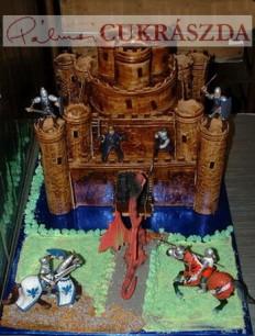 50 szeletes lovagi vár torta