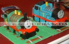 Thomas és Percy Rendelhető legkisebb méret 15 szeletes vonatonként