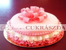 15 szeletes fordros születésnapi torta