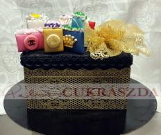 20 szeletes shoppingolós torta