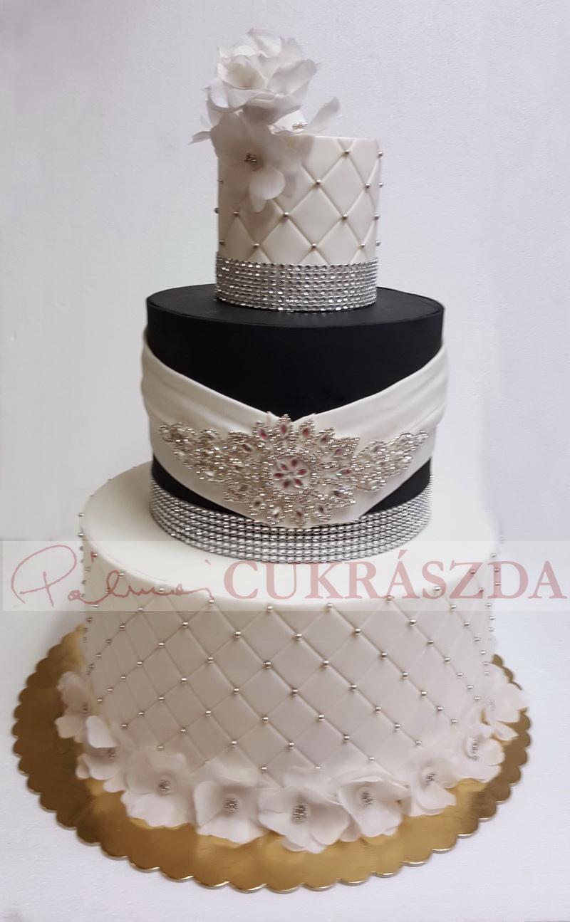 fekete fehér esküvői torta Esküvői torták › Képgalériák › Pálmai Cukrászda ‹ Édes élet minden  fekete fehér esküvői torta