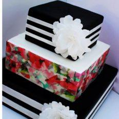 70 szeletes torta, de kérhető kevesebb szint is