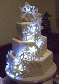 35 szeletes torta, de kérhető kevesebb szint is